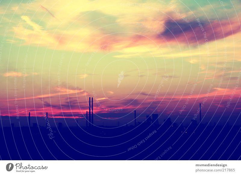 Pottromantik Himmel Natur Stadt Sommer Wolken Leben dunkel Landschaft Stimmung Horizont Romantik Kultur Industriefotografie Abenddämmerung Abgas Schornstein