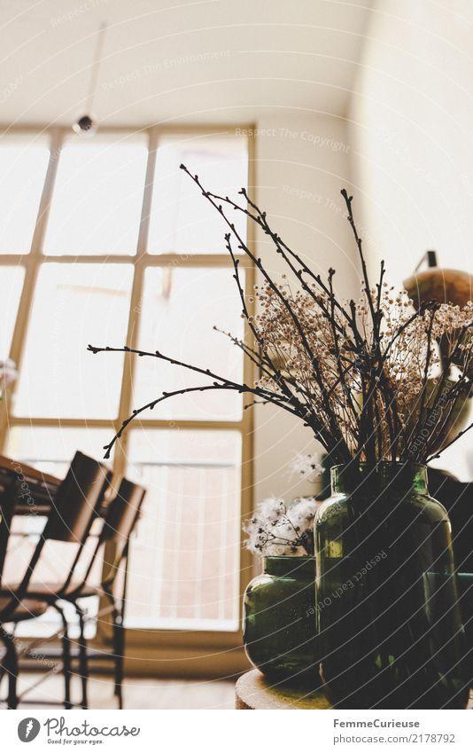 Home_11 Lifestyle Stil Design Häusliches Leben Fenster hell Dekoration & Verzierung Blumenvase Gesteck getrocknet Stuhl Esszimmer Wohnzimmer gemütlich