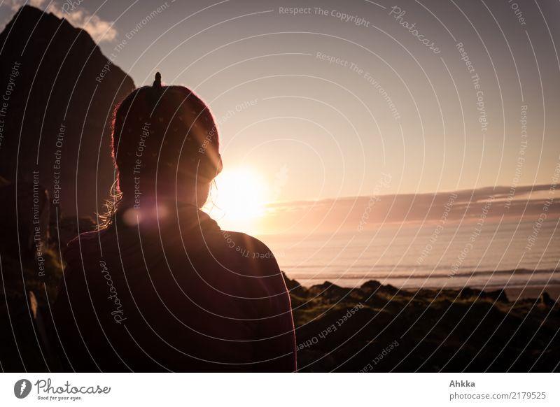 Blick in die Sonne am Nordmeer harmonisch Wohlgefühl Zufriedenheit Erholung ruhig Ferien & Urlaub & Reisen Abenteuer Ferne Freiheit Sonnenbad Meer Insel