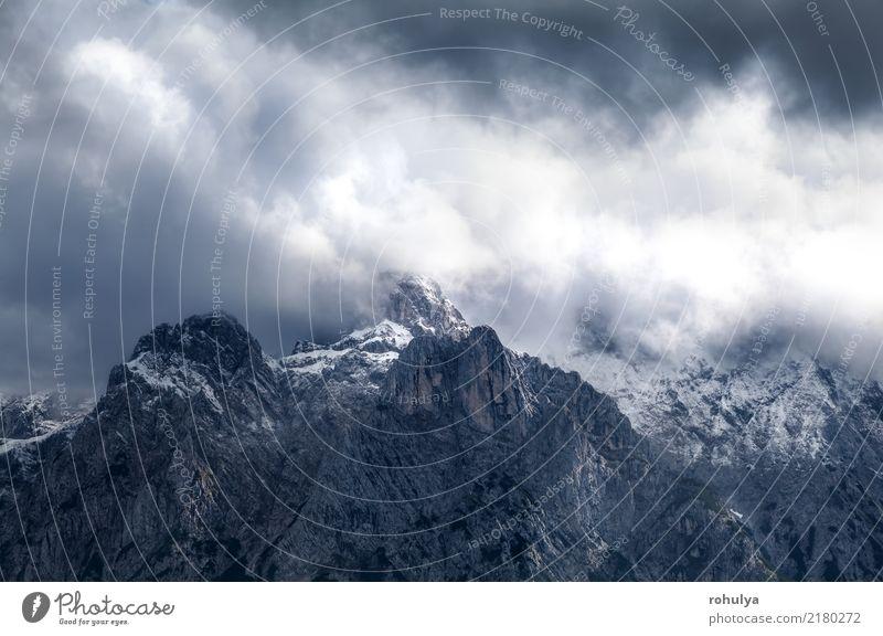 dramatische Gewitterwolken über Bergrücken Karwendel Natur Ferien & Urlaub & Reisen Landschaft Wolken Berge u. Gebirge Herbst Sport Schnee Deutschland Stein