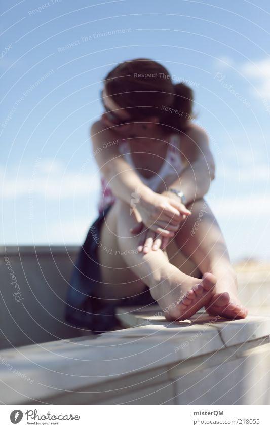 Barfuß. Frau Jugendliche Ferien & Urlaub & Reisen ruhig Erholung feminin Erwachsene Denken Beine Fuß ästhetisch Pause weich Kleid nachdenklich brünett