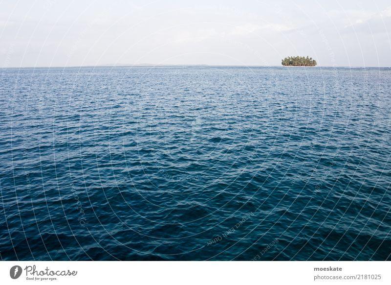 San Blas Panama Umwelt Urelemente Wasser Himmel Wolken Sommer Schönes Wetter Küste Meer Insel blau Karibik san blas Einsamkeit abgelegen