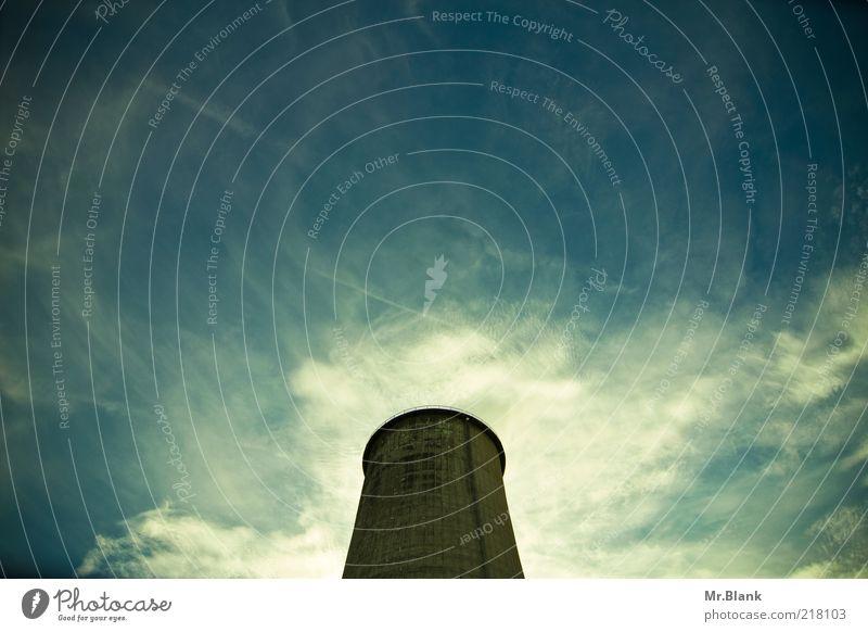 Wolkenmacher Energiewirtschaft Industrie Industrieanlage Fabrik Beton Stahl fest gigantisch Umwelt Umweltverschmutzung Vergänglichkeit Wandel & Veränderung