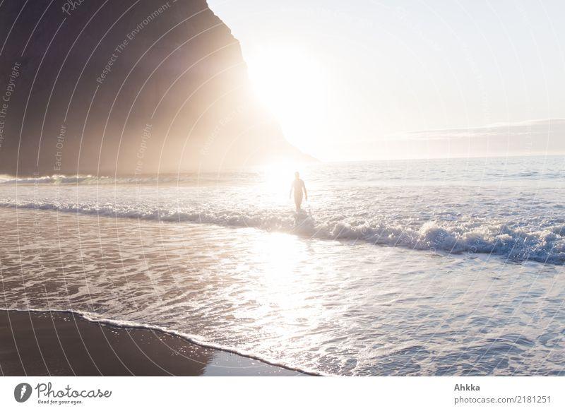 Nordmeerstrand Mensch Natur Ferien & Urlaub & Reisen nackt Sommer Sonne Meer Erholung Einsamkeit ruhig Strand Berge u. Gebirge Leben Freiheit Schwimmen & Baden
