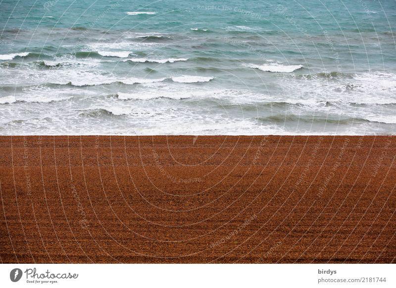 ordentlich aber leer Ferien & Urlaub & Reisen Wellen Küste Strand Meer Sand Wasser außergewöhnlich einfach maritim Sauberkeit blau braun rot ruhig Reinlichkeit