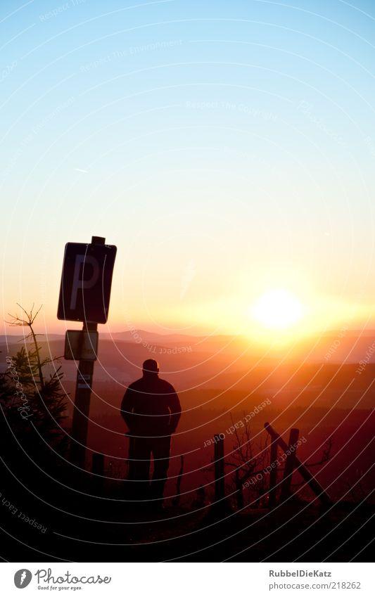 Sonnenuntergang Natur Himmel Sonne Einsamkeit Ferne Herbst Berge u. Gebirge Landschaft Zufriedenheit Stimmung Umwelt Schilder & Markierungen Erde Hoffnung Trauer Abenteuer