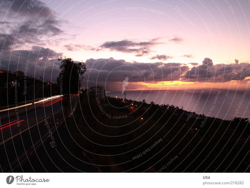 Autobahnromantik Himmel Wolken Horizont Schönes Wetter Küste Autofahren Straße Stimmung Außenaufnahme Abend Dämmerung Panorama (Aussicht) Langzeitbelichtung