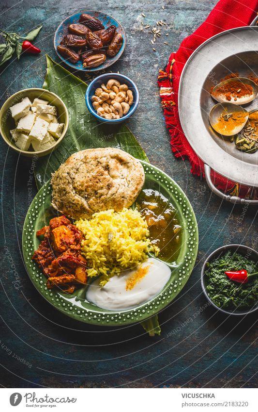 Indische speisen Lebensmittel Gemüse Getreide Kräuter & Gewürze Ernährung Mittagessen Bioprodukte Vegetarische Ernährung Diät Asiatische Küche Geschirr Teller