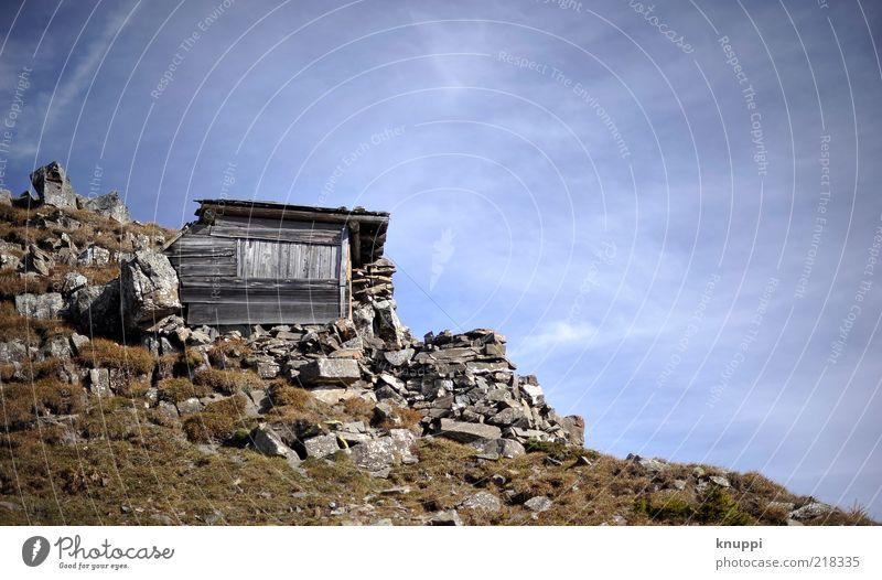 Hüttenzauber ruhig Ausflug Berge u. Gebirge Haus Umwelt Natur Himmel Sonnenlicht Herbst Schönes Wetter Dürre Gras Sträucher Felsen Menschenleer Holzhütte Stein