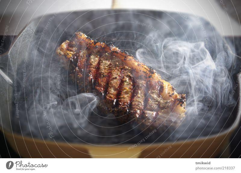 Ernährung Lebensmittel ästhetisch Fleisch Fressen reich Topf Besteck saftig Steak