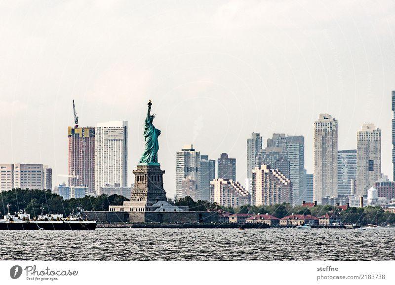 Skyline | Jersey City Stadt Großstadt Hochhaus überbevölkert Häusliches Leben Wahrzeichen New Jersey Freiheitsstatue USA