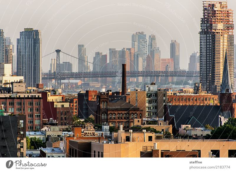 von Queens 06 New York City USA Brooklyn Hochhaus Skyline Sommer Stadtleben Williamsburg Williamsburg Bridge