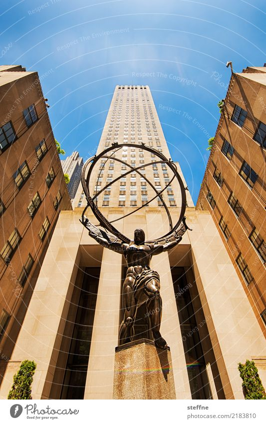 Blick nach oben 4 Fassade Hochhaus hoch Manhattan New York City Atlas
