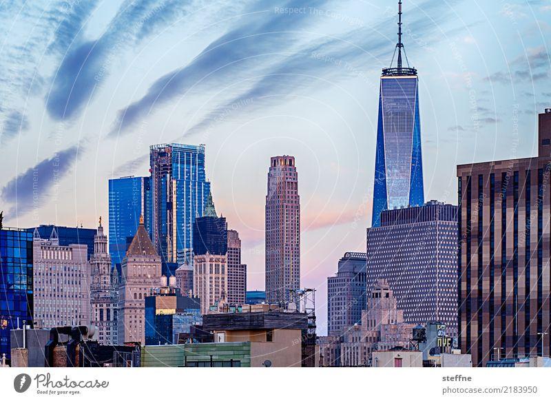 One World Trade Center 02 USA New York City Manhattan Wahrzeichen Sehenswürdigkeit Terrorismus Freiheit Hochhaus Skyline Sonnenaufgang