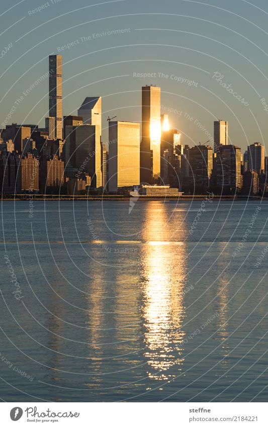 NYC3 New York City Skyline USA Hochhaus Stadt Manhattan Brooklyn Sonnenaufgang Upper East Side Distrikt East River
