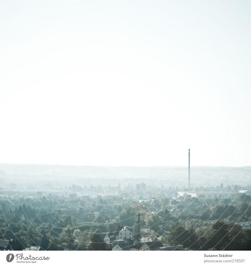 Dunst über Radebeul hell Horizont Aussicht Skyline Schornstein Dunst schlechtes Wetter Perspektive Sachsen Überblick Kleinstadt Nebelstimmung Radebeul