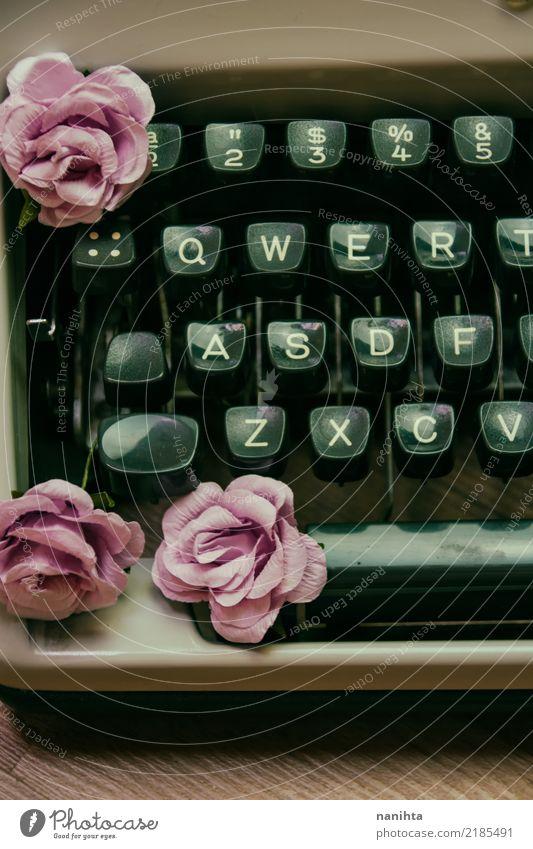 alt schön Blume Kunst Zeit braun rosa Design Arbeit & Erwerbstätigkeit Schlagwort Schriftzeichen retro Kreativität Kultur historisch Wandel & Veränderung