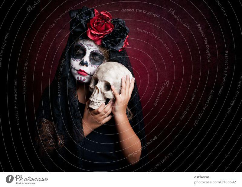 junge gekleidet als clown auf schwarzem hintergrund ein lizenzfreies stock foto von photocase. Black Bedroom Furniture Sets. Home Design Ideas