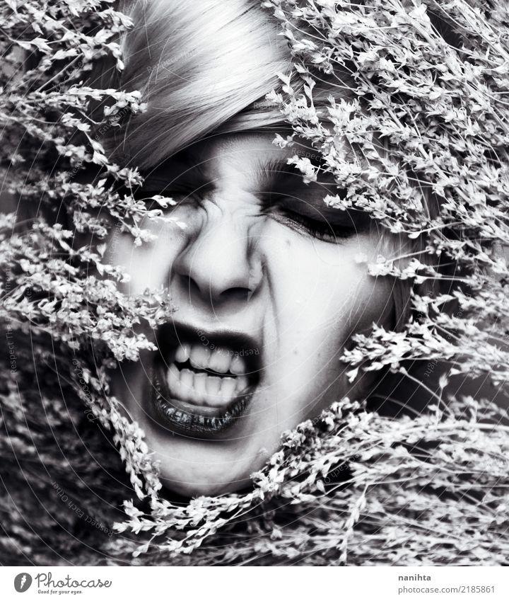 Künstlerisches Porträt der verärgerten Frau Schminke Mensch feminin Junge Frau Jugendliche Gesicht 1 18-30 Jahre Erwachsene Kunst Kunstwerk Pflanze