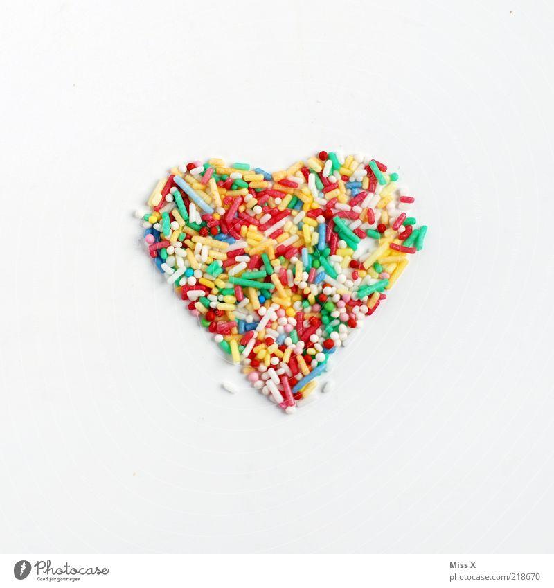 noch ein Herz Liebe Ernährung Lebensmittel Herz süß Romantik Symbole & Metaphern lecker Süßwaren Zucker Freisteller Zutaten Gefühle mehrfarbig Streusel herzförmig