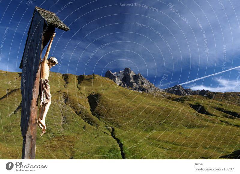 Wegkreuz im Gebirge Zufriedenheit Ferien & Urlaub & Reisen Tourismus Ausflug Ferne Freiheit Berge u. Gebirge Umwelt Natur Landschaft Wolkenloser Himmel Klima