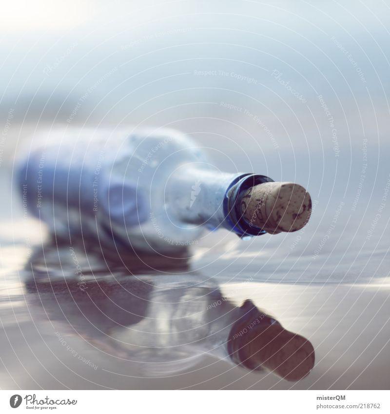 gestrandet. Meer ruhig Stimmung hell liegen Hoffnung einzigartig außergewöhnlich Neugier Information Postkarte Vergangenheit Flasche altmodisch Korken