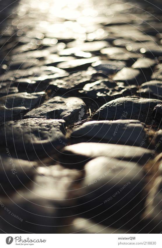 Heißes Pflaster. ruhig dunkel Stein Wege & Pfade glänzend Bürgersteig Kopfsteinpflaster Straßenbelag Unschärfe robust solide bodenständig bodennah Steinweg