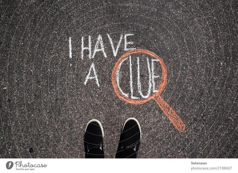 Sherlokian Freizeit & Hobby Detektiv Fuß Schuhe Lupe Kreide Zeichen Schriftzeichen Schilder & Markierungen Hinweisschild Warnschild beobachten Erfolg Neugier