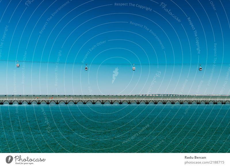 Luftseilbahn-Autos und Vasco DA Gama Bridge In Lissabon, Portugal Himmel Natur Ferien & Urlaub & Reisen blau Sommer Stadt Farbe grün Wasser Landschaft Ferne