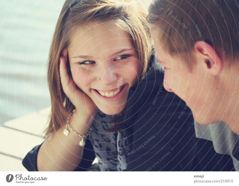 : ))) Mensch Jugendliche Gesicht Erwachsene Liebe feminin lachen Paar Freundschaft maskulin Fröhlichkeit 18-30 Jahre Kommunizieren Lächeln Verliebtheit positiv