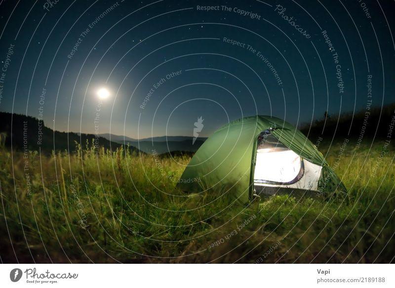Belichtetes grünes Zelt in den Bergen nachts Himmel Natur Ferien & Urlaub & Reisen blau Sommer weiß Landschaft Wald dunkel Berge u. Gebirge schwarz gelb