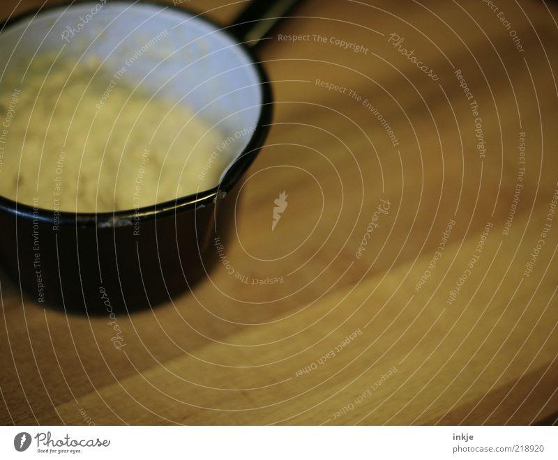Emailletopf mit Hafergrütze Holz Lebensmittel Design Ernährung Häusliches Leben einfach Getreide Frühstück Bioprodukte sparen Topf Alltagsfotografie