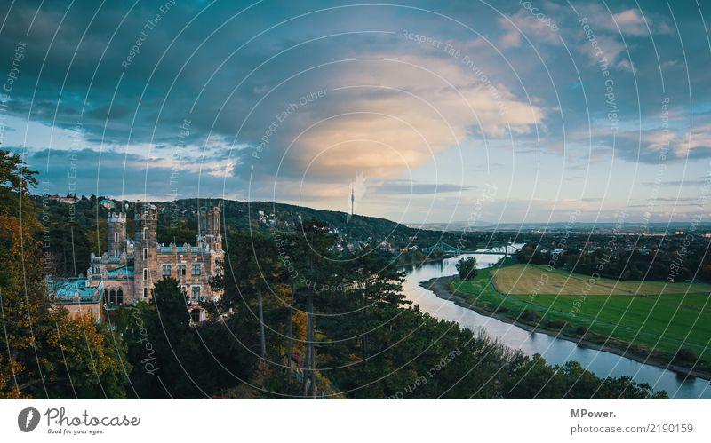 dresdner elbhang Stadt Hauptstadt Palast Burg oder Schloss Park alt Elbe Dresden Sachsen Elbufer Elbaue Elbhang Panorama (Aussicht) Fernsehturm Wolken Fluss