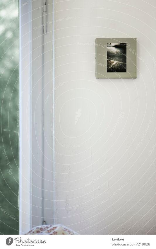 bild Mauer Wand Fenster Souvenir weich Bild Fotografie Leinwand Zimmerecke Blick Lieblingsstück Textfreiraum links Menschenleer weiß Fensterrahmen