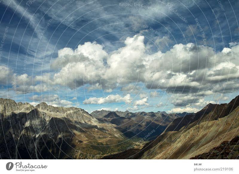 Gipfelgefühle ......... | Antholz [10] Himmel blau Sommer Wolken Einsamkeit Ferne Berge u. Gebirge Freiheit braun frei Horizont authentisch Alpen Unendlichkeit