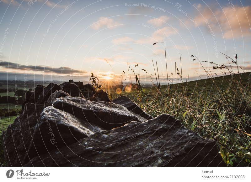 Sonnenaufgang über der Mauer harmonisch Wohlgefühl Zufriedenheit Sinnesorgane Erholung ruhig Freizeit & Hobby Ausflug Abenteuer Ferne Freiheit Natur Landschaft