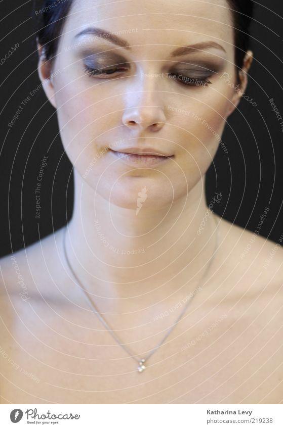 Mona Lisa schön Kosmetik Schminke Wimperntusche Lidschatten Wellness Erholung Meditation Mensch feminin Frau Erwachsene Haut Gesicht 1 18-30 Jahre Jugendliche