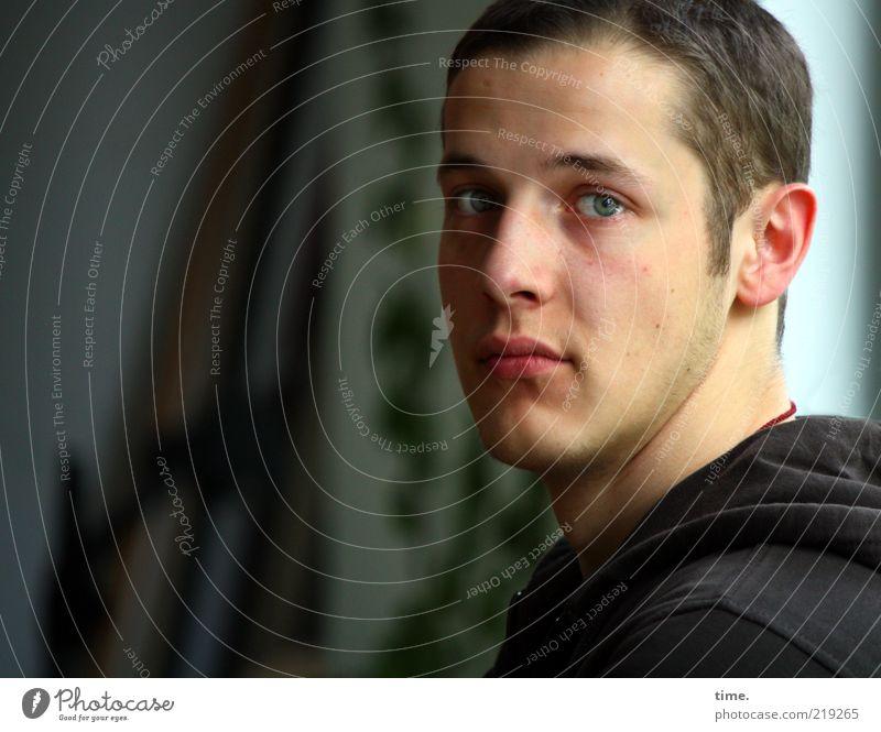 °/* Mann Gesicht ruhig Auge Haare & Frisuren Kopf Mund Haut Erwachsene maskulin Nase Porträt ästhetisch Ohr authentisch