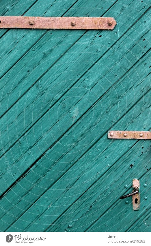 Bastelbogen Adventskalender, Teil 24 grün Holz Metall Tür Hintergrundbild geschlossen Metallwaren türkis Eingang Schloss diagonal Griff Schraube Ausgang Anschnitt