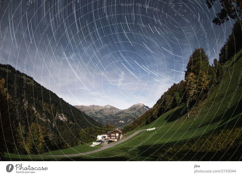 Blick zum Niesen Himmel Sommer Landschaft Erholung ruhig Ferne Berge u. Gebirge Umwelt Herbst Freiheit Erde Ausflug Freizeit & Hobby wandern Luftverkehr