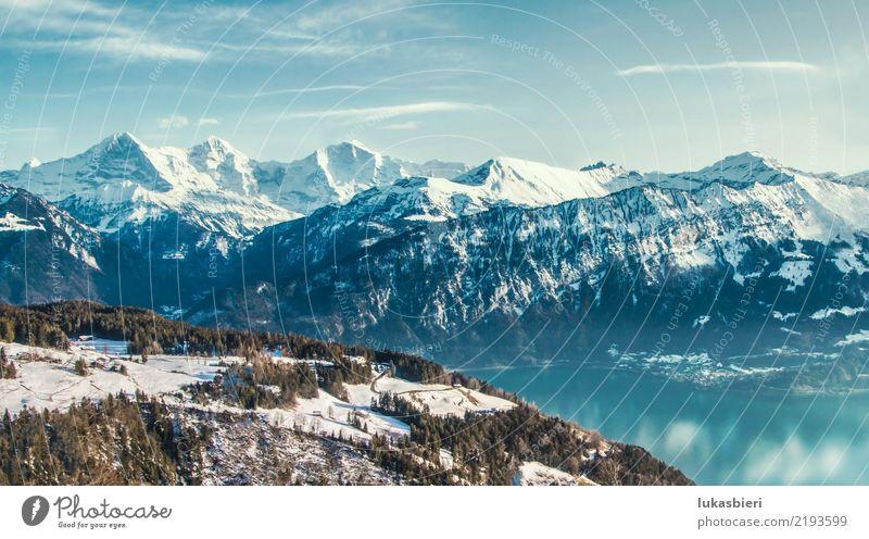 Schweizer Alpen und Thunersee im Winter Glück harmonisch Wohlgefühl Zufriedenheit Erholung ruhig Winterurlaub Berge u. Gebirge wandern Skifahren Umwelt Natur