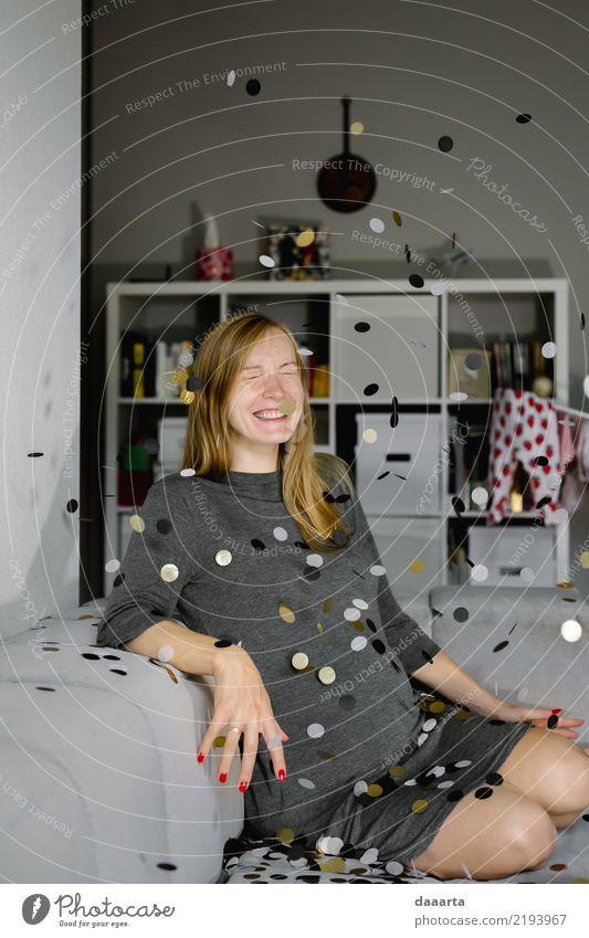 Baiba erwartet Freude Leben harmonisch Freizeit & Hobby Spielen Abenteuer Freiheit Häusliches Leben Wohnung Dekoration & Verzierung Feste & Feiern feminin