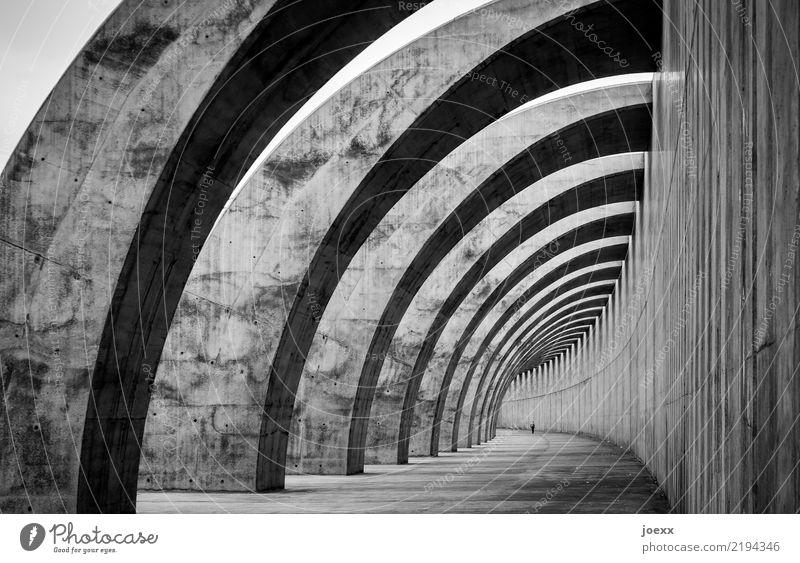 Was man daraus macht. weiß schwarz Architektur Wand Mauer außergewöhnlich hoch Bauwerk gigantisch