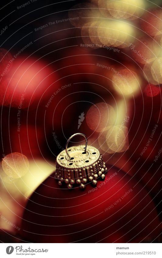 samtrot Weihnachten & Advent rot Gefühle Stimmung Feste & Feiern glänzend gold rund authentisch Dekoration & Verzierung außergewöhnlich Kugel leuchten Christbaumkugel edel