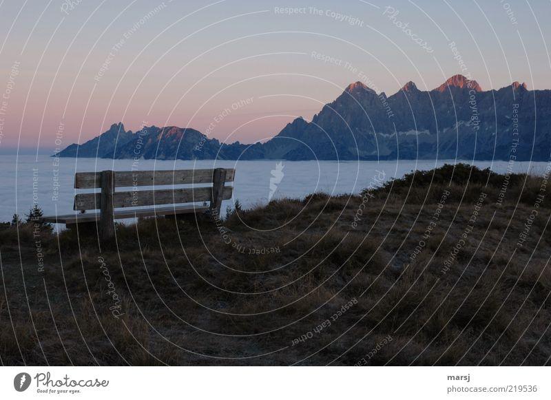 Erste Reihe Fußfrei Himmel blau Ferien & Urlaub & Reisen ruhig Ferne Erholung Umwelt Wiese Landschaft Herbst Berge u. Gebirge Stimmung Horizont Tourismus Bank