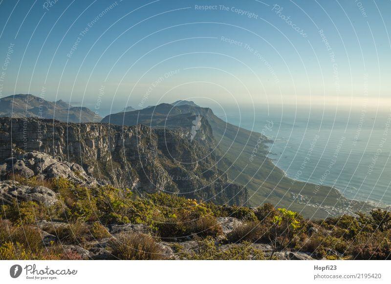 Blick vom Tafelberg Natur Landschaft Pflanze Erde Wasser Himmel Wolkenloser Himmel Sonnenlicht Herbst Klima Wetter Schönes Wetter Wärme Gras Sträucher Moos