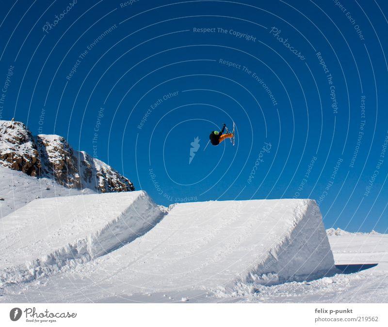 nosegrab Mensch Mann Jugendliche schön Sport Leben springen Stil Luft Erwachsene maskulin Erfolg Lifestyle ästhetisch Skifahren Freizeit & Hobby