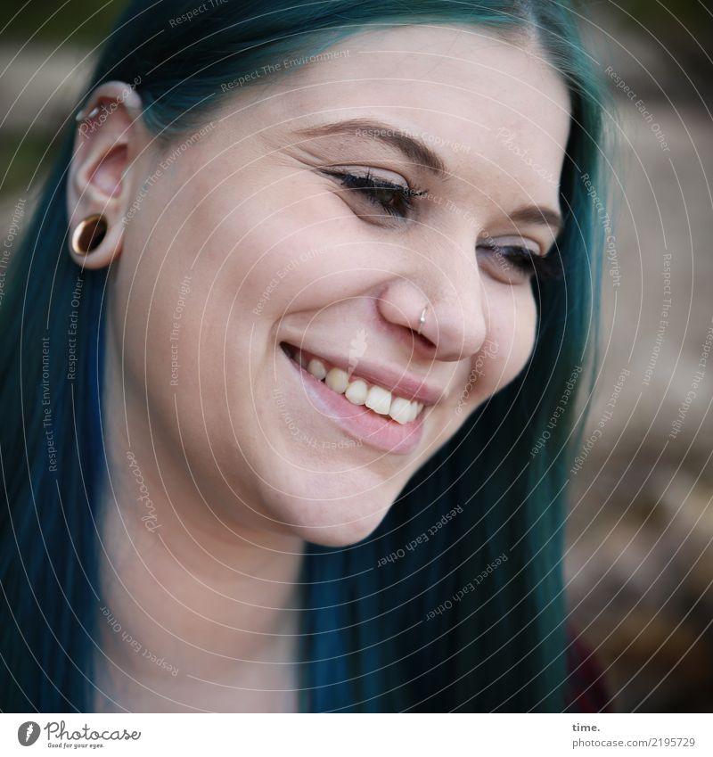 . Frau Mensch schön Erholung Erwachsene Leben feminin lachen Glück außergewöhnlich Zeit Haare & Frisuren ästhetisch Kreativität Lächeln Fröhlichkeit