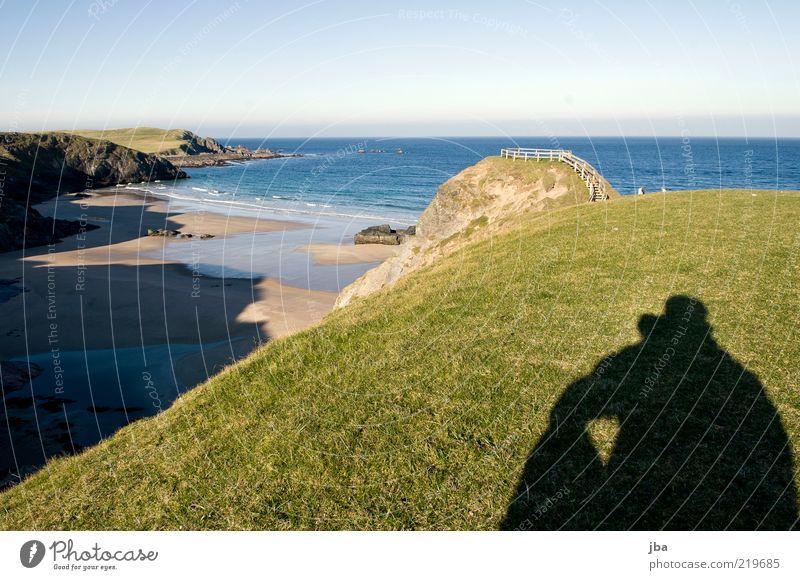 immer noch einsam und schön Zufriedenheit Ferien & Urlaub & Reisen Ausflug Ferne Freiheit Strand Meer 1 Mensch Natur Landschaft Sand Wasser Himmel Herbst