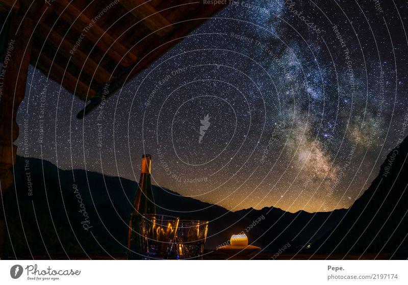 Weinstraße Landschaft Nachthimmel Stern Alpen Berge u. Gebirge blau achtsam Milchstrasse Himmel trinken Farbfoto Außenaufnahme Menschenleer Panorama (Aussicht)